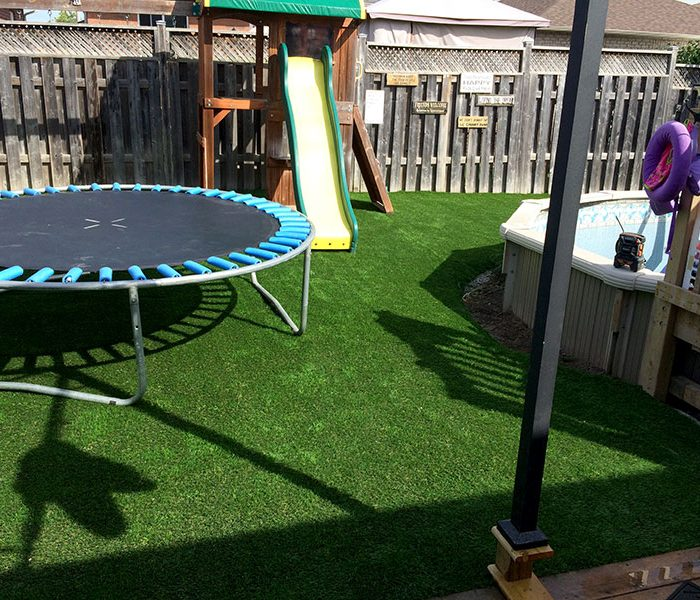Residential-Trampoline-and-Pool-Turf-(3)