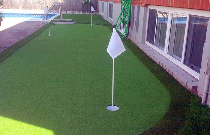 Putting-green-(1)